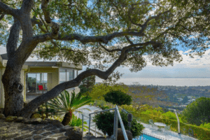 Mid-century modern Home sold in Montecito