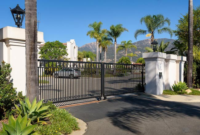 Codos ar an excellent choice for a second home because many are gated like this image of a gated community